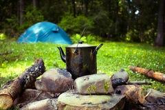 大锅和帐篷 免版税图库摄影
