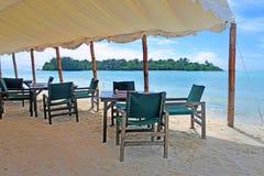 大门罩在Muri盐水湖拉罗通加库克群岛 免版税库存照片