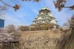 大阪城堡和樱花,大阪,日本 库存照片