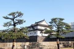大阪城堡在与清楚的天空大阪,日本的冬天 免版税库存照片