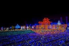 大阪城堡夜照明最巨大的轻的展示在大阪 库存图片