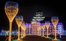 大阪城堡夜照明最巨大的轻的展示在大阪 库存照片