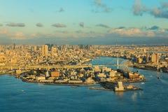 大阪海湾和城市街市背景 免版税库存照片