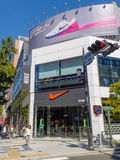 大阪,日本- 2014年10月27日:耐克商店在大阪在日本 Ni 库存照片