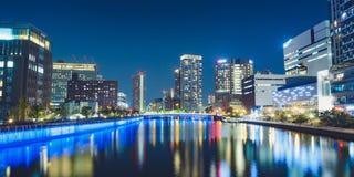 大阪Tamae桥梁从Tamino桥梁的夜视图在福岛病区,大阪,日本里 库存图片