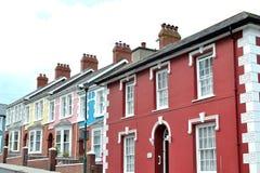 大阳台五颜六色的海边房子3 免版税库存图片