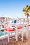 大阳台在小游艇船坞 免版税库存照片