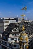 从大阳台的鸟瞰图商店Printemps,巴黎1 免版税库存照片