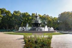 大陆Fuente de在圣马丁将军公园的los Continentes - Mendoza,阿根廷的喷泉 库存图片