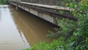 大雨在中西部创造了洪水和被延迟的农夫 影视素材