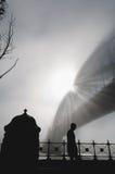 大雾在悉尼港口的早晨 免版税库存照片