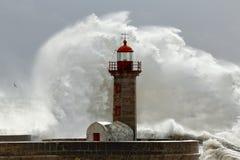 大风雨如磐的通知 库存图片