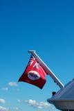 大鳄鱼标志海岛船舶红色 免版税库存图片
