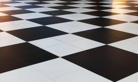大黑白方格的样式瓦片 免版税图库摄影