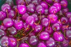 大,成熟,水多,明亮的樱桃 浆果甜点 大 库存图片
