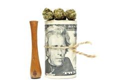 大麻和金钱 库存图片
