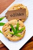 大麻-大麻-医药Edibles -曲奇饼 库存照片