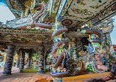 大叻市市的,越南Linh Phuoc塔 库存图片