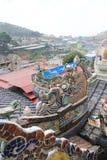 大叻市Linh Phuoc塔 库存照片