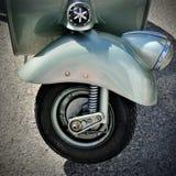 大黄蜂类125, 1949年-在会见HBier,赫诺瓦,利古里亚,意大利的motorsport的偶象意大利滑行车 库存照片