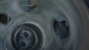 大滑轮在传动箱转动登上减少高速 股票录像