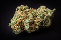 大麻,医疗大麻,杂草一药量  库存图片