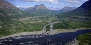 大kureika多数全景高原强大的putorana俄国西伯利亚瀑布 库存照片