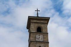 天主教会塔在阿尔巴尤利亚,罗马尼亚 免版税库存照片