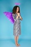 天使光晕题头她的s翼妇女 免版税库存照片