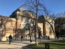 天使划分为的马德里公园retiro西班牙雕象 库存照片