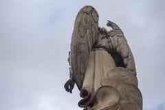 天使加百利|来自下来云彩 库存照片