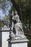 天使和十字架纪念碑 免版税图库摄影