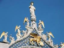 天使和圣徒 免版税图库摄影