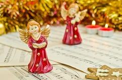 天使圣诞节小雕象  免版税图库摄影