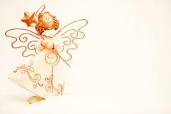 天使圣诞节查出的白色 免版税库存照片