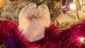 天使圣诞节查出的白色 免版税图库摄影