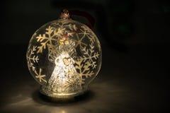 天使圣诞节球 免版税库存照片