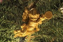 天使圣诞节装饰品结构树 库存图片