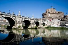 天使城堡在梵蒂冈附近的 库存照片