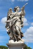 天使大理石象从Sant'Angelo桥梁的 免版税库存图片