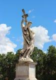 天使大理石象从Sant'Angelo桥梁的 免版税库存照片