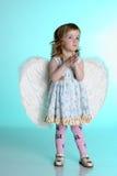 天使女孩小的翼 免版税库存图片