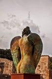 天使无首的肩膀 免版税库存图片