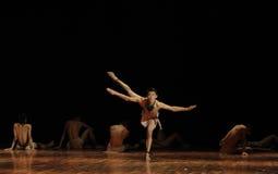 黑天使现代舞蹈舞蹈动作设计者亨利Yu 库存图片