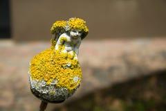 天使的小雕象 免版税库存图片