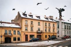天使的雕象在Uzupis,邻里在维尔纽斯,立陶宛 免版税库存照片