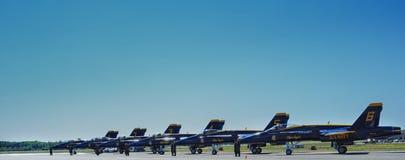 天使蓝色乘员组飞行 免版税库存图片