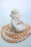 天使衣领珍珠 库存图片