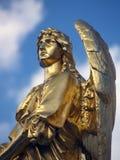天使金雕塑 库存照片
