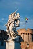 天使贝尔尼尼的大理石象  免版税库存照片
